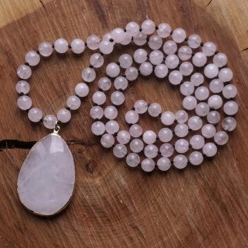 Růženínový náhrdelník s velkým kamenem #2