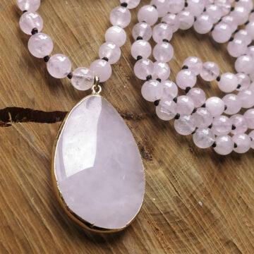 Růženínový náhrdelník s velkým kamenem #3